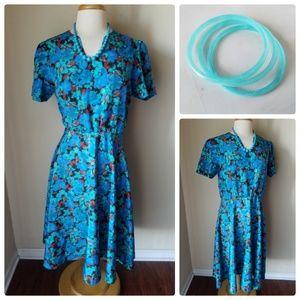 Dresses & Skirts - Vintage Blue Floral Cinched Waist Dress & Jewelry
